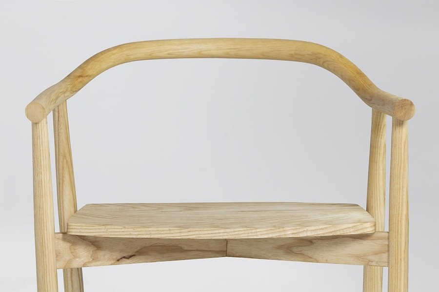 Dean-Ovens-Occasional-Chair-Seat-Front-01.jpg
